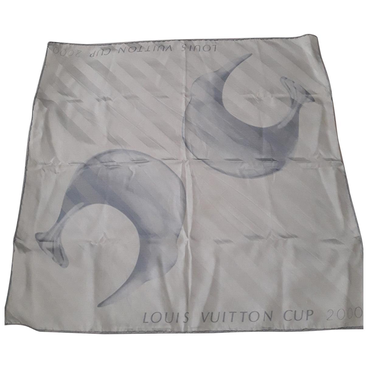 Louis Vuitton \N Tuecher in  Grau Seide