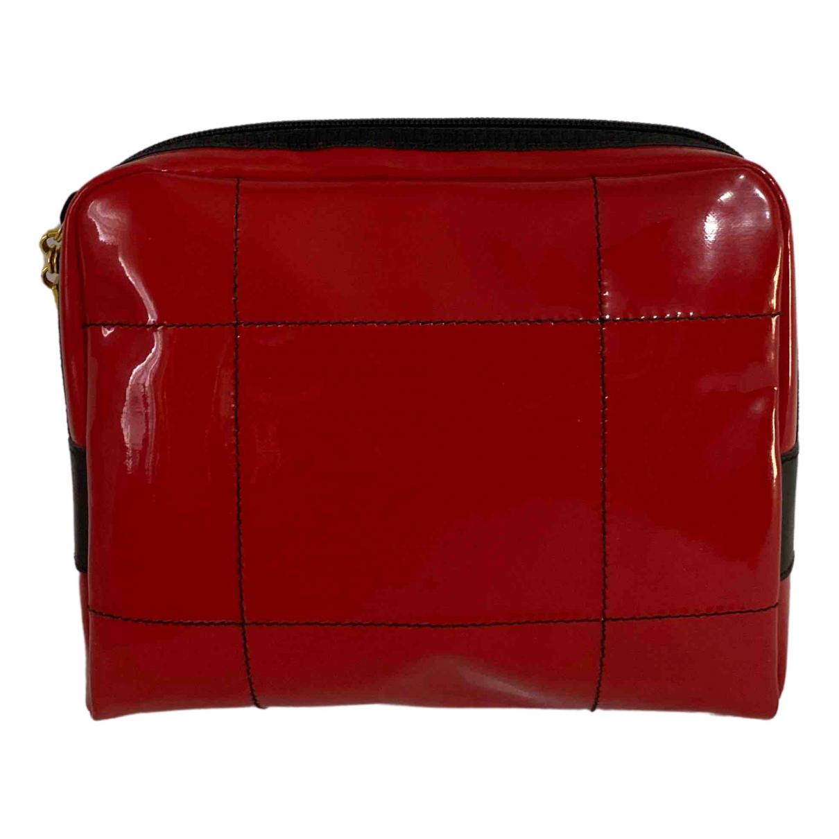 Salvatore Ferragamo \N Red Patent leather Clutch bag for Women \N