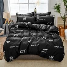 Bettwaesche Set mit Krone & Herzen Muster ohne Fuellstoff