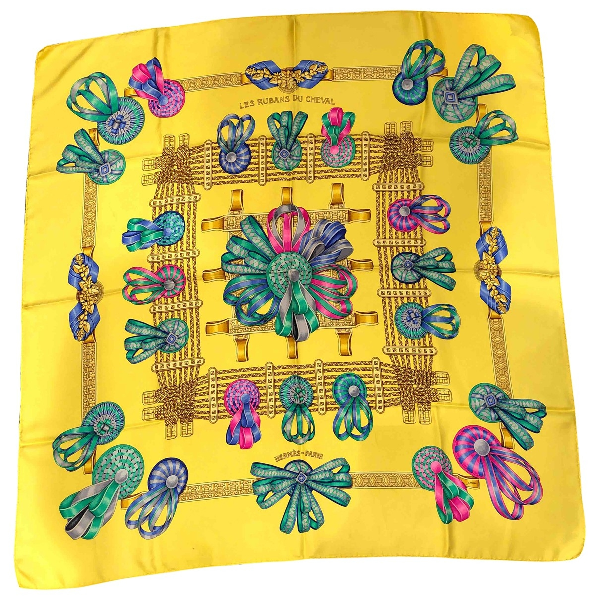 Hermès Carré 90 Yellow Silk Silk handkerchief for Women \N
