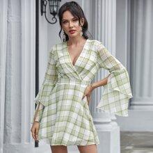 Double Crazy Kleid mit Schlitz am Ärmeln und Karo Muster