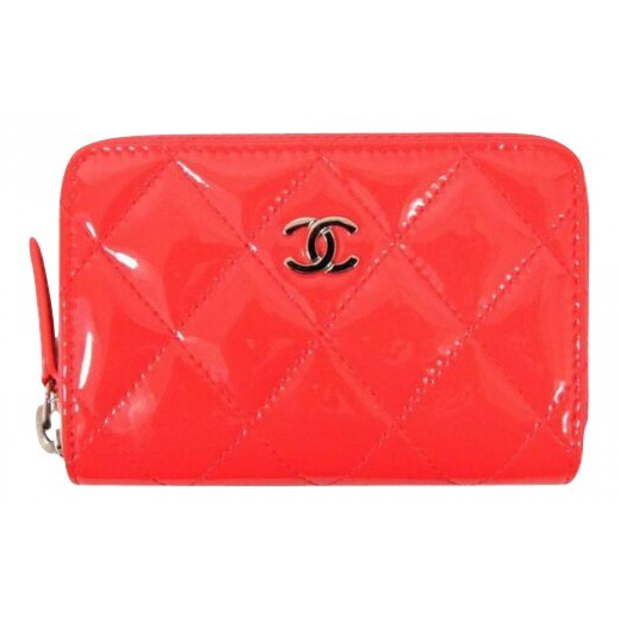 Chanel - Portefeuille   pour femme en cuir verni - rose