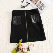 Plus Contrast PU Dual Pocket Zipper Skirt