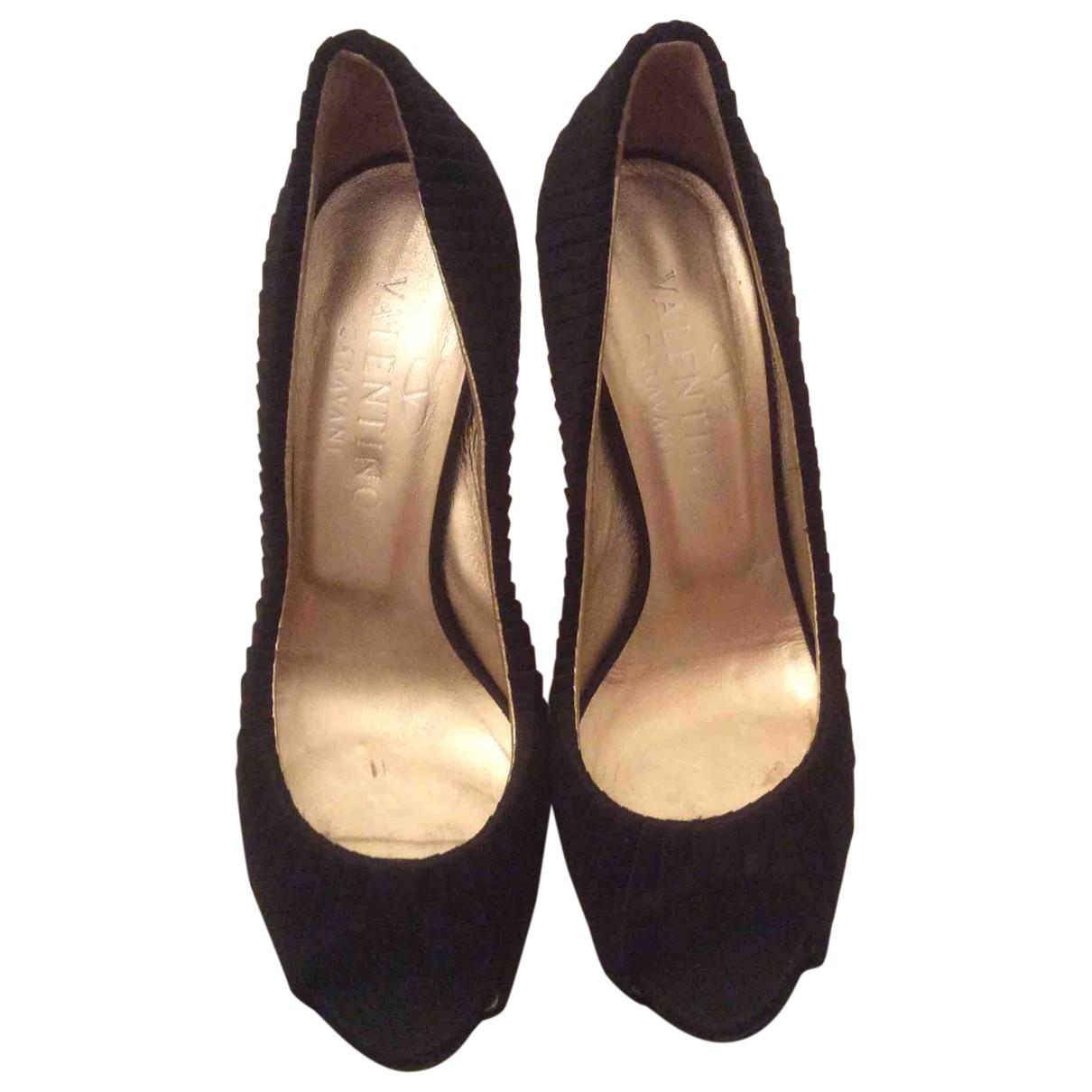 Valentino Garavani \N Black Cloth Heels for Women 37 EU