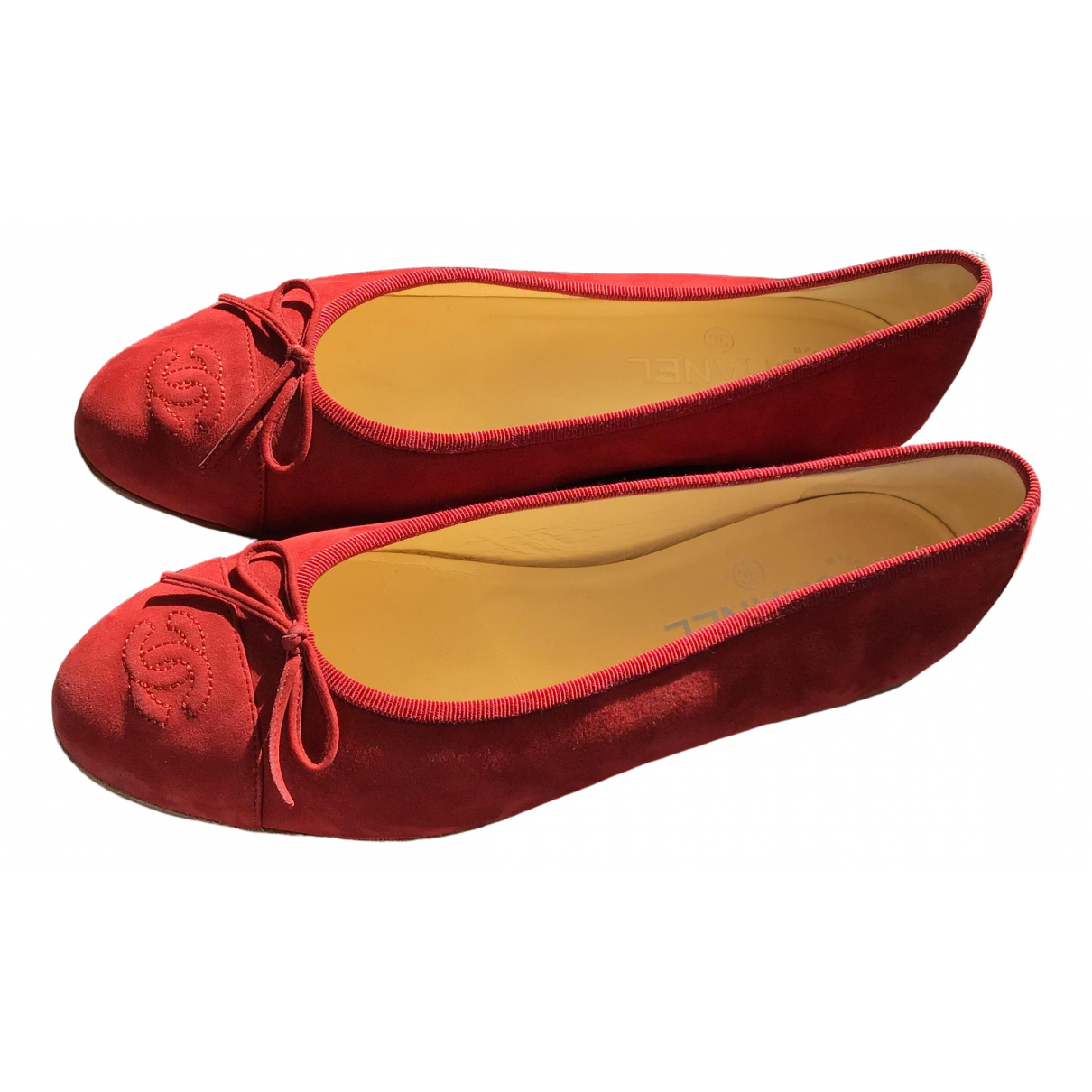 Chanel \N Red Suede Ballet flats for Women 39 EU