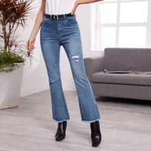 Jeans mit ungesaeumtem Saum, Riss und ausgestelltem Beinschnitt ohne Guertel