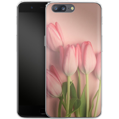 OnePlus 5 Silikon Handyhuelle - Pink Tulips von Joy StClaire