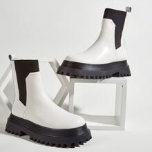 Round Toe Wide Fit Chelsea Boots