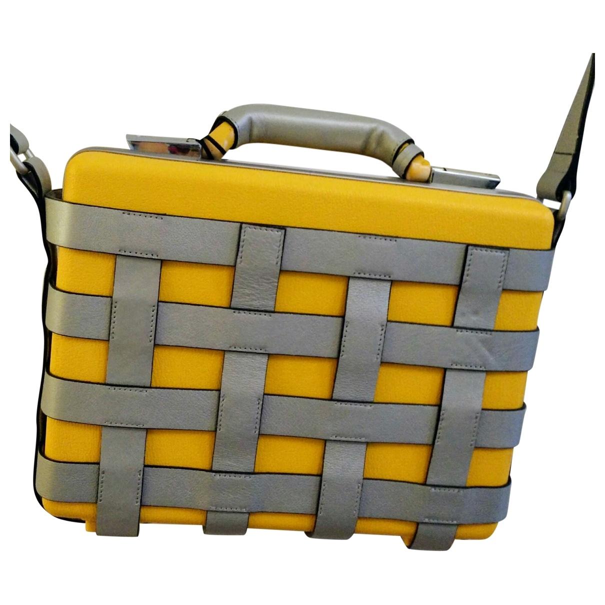 Matthew Williamson \N Reisetasche in  Gelb Kunststoff