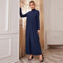 Maxi Kleid mit Stehkragen und Falten