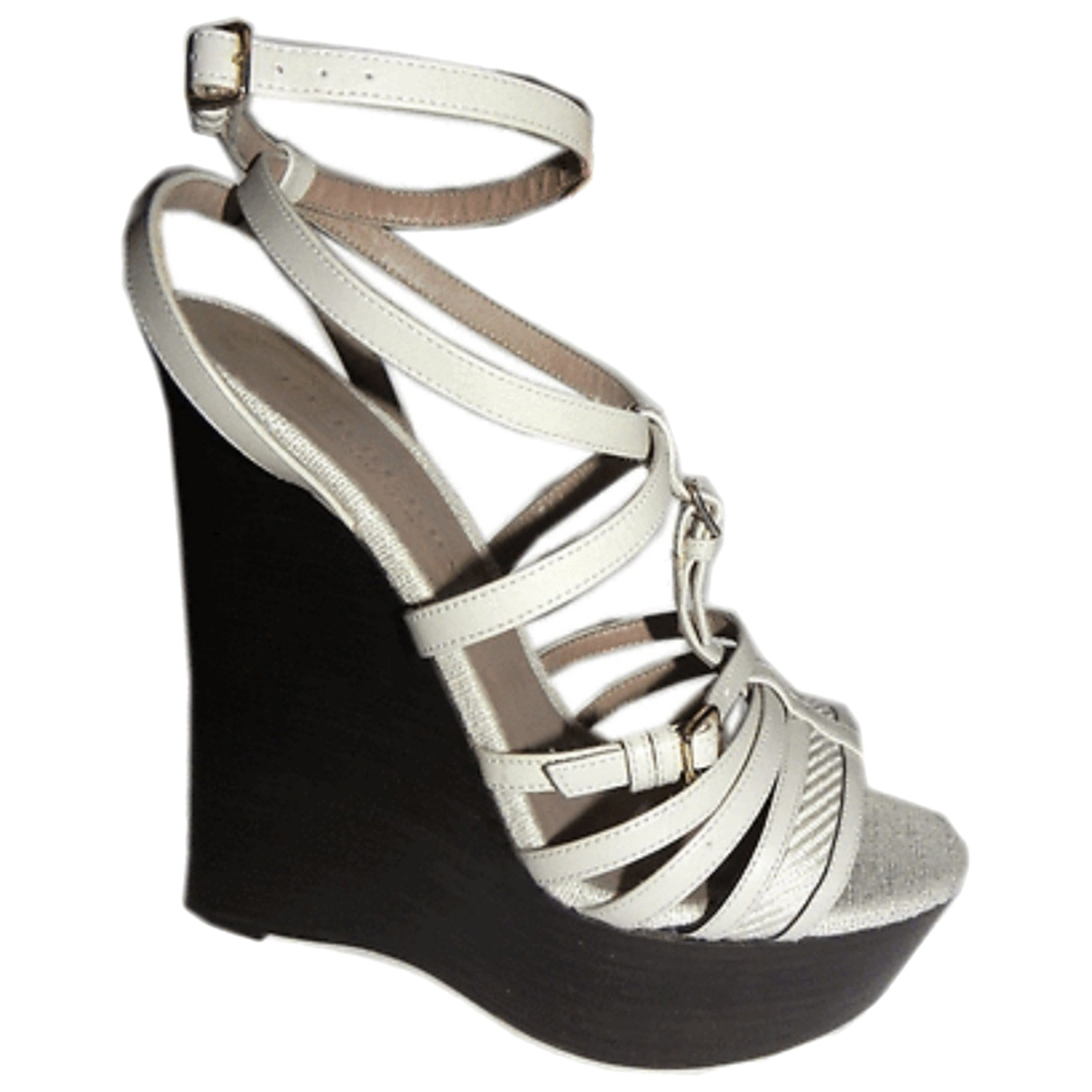 Burberry \N Beige Leather Sandals for Women 36 EU