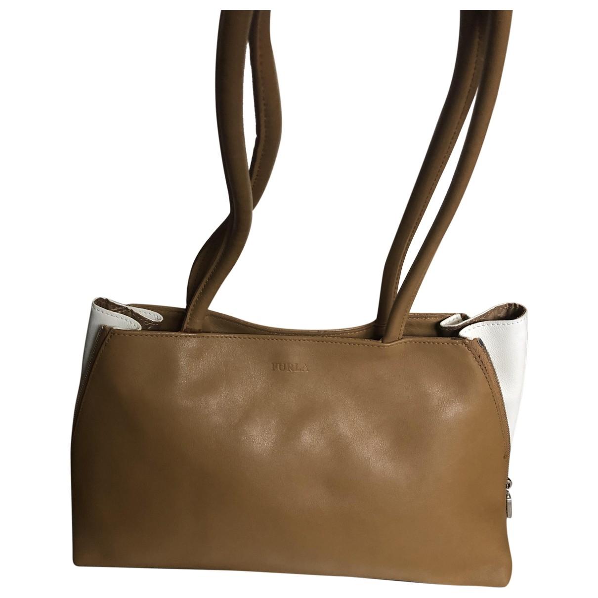 Furla \N Handtasche in  Kamel Leder