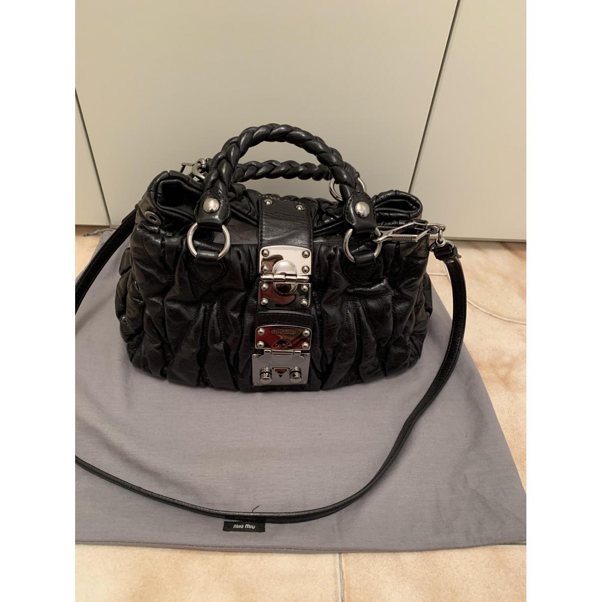 Miu Miu Matelasse Handtasche in  Schwarz Leder