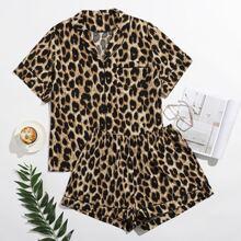 Conjunto de pijama con estampado de leopardo