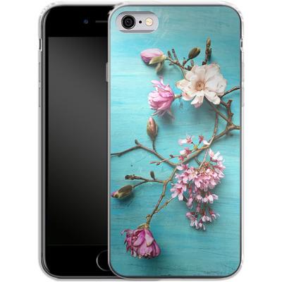 Apple iPhone 6 Silikon Handyhuelle - Flowers of Spring von Joy StClaire