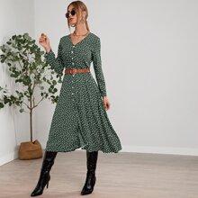 Midi Kleid mit Knopfen vorn und Gaensebluemchen Muster ohne Guertel