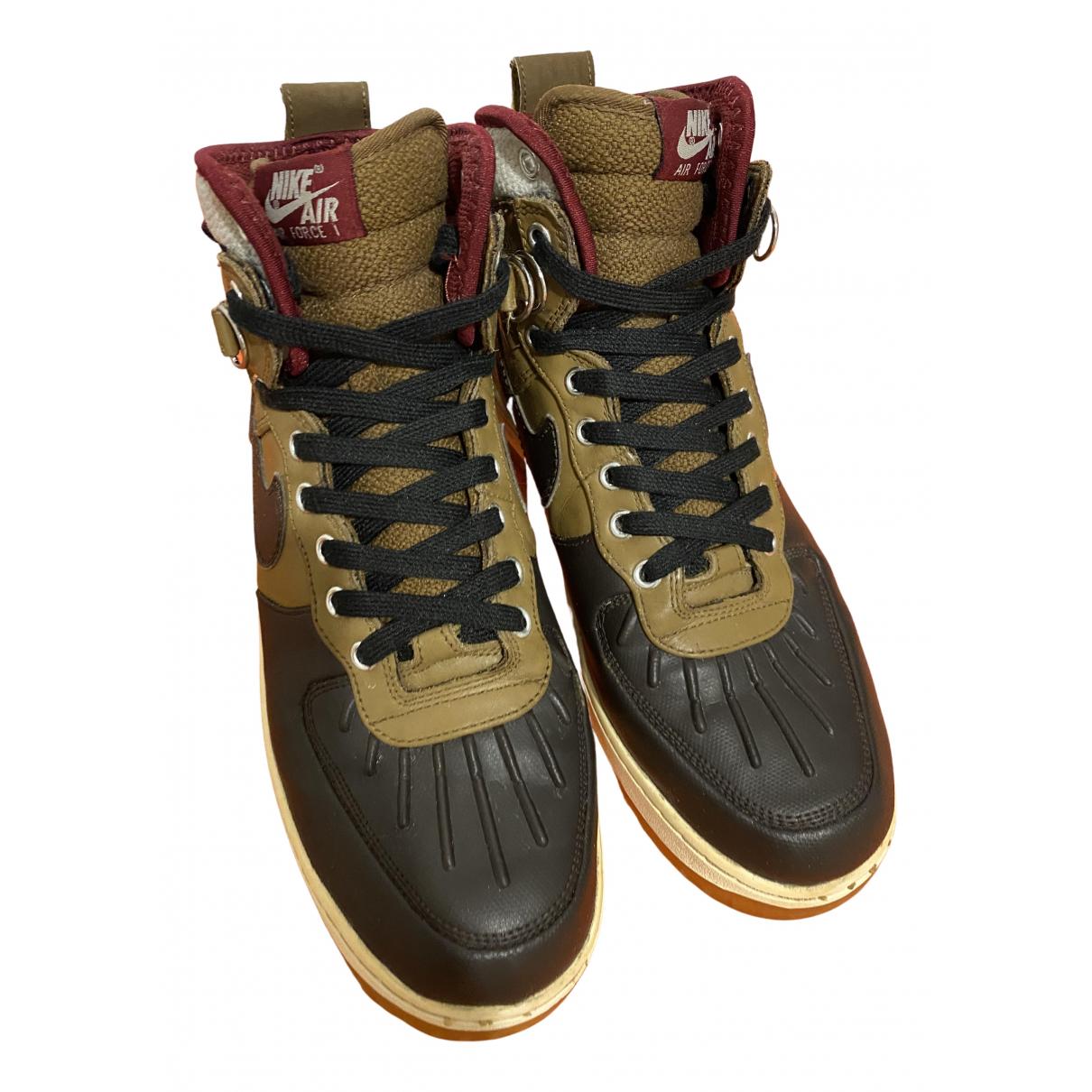 Nike - Baskets Air Force 1 pour homme en cuir - kaki