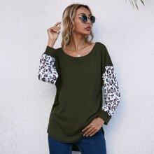 Strick T-Shirt mit Leopard Muster und Farbblock