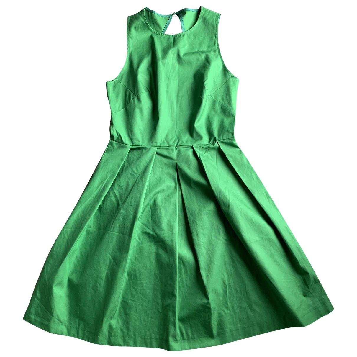 Tara Jarmon \N Kleid in  Gruen Baumwolle