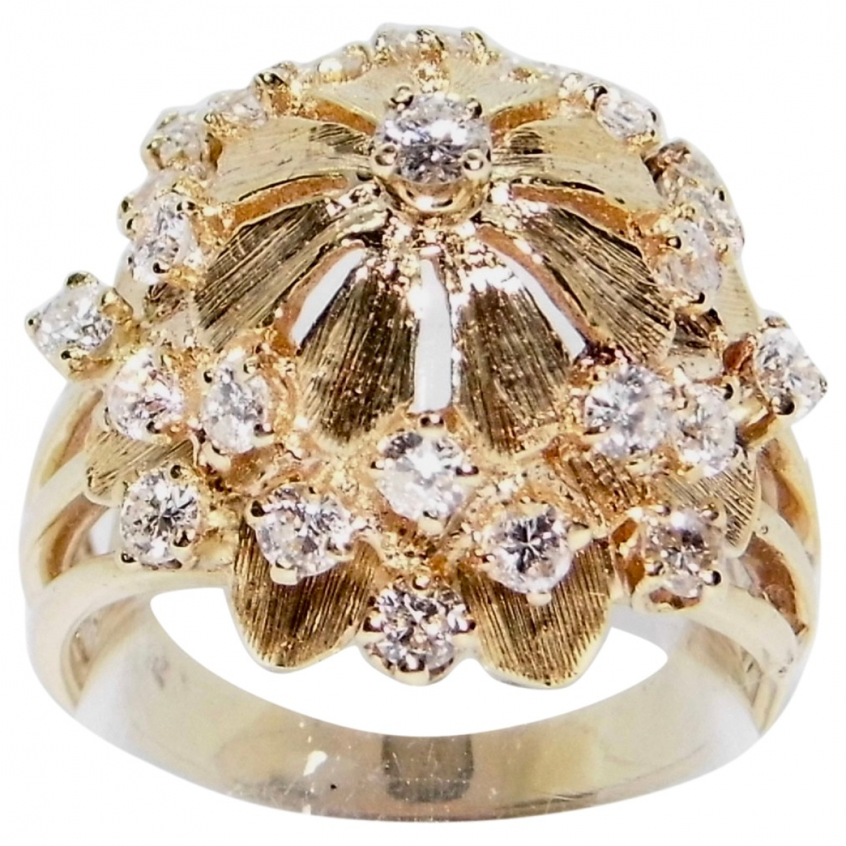 Non Signé / Unsigned Art Déco Yellow Yellow gold ring for Women \N