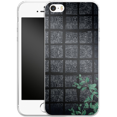 Apple iPhone 5s Silikon Handyhuelle - Into the Jungle von Stephanie Breeze