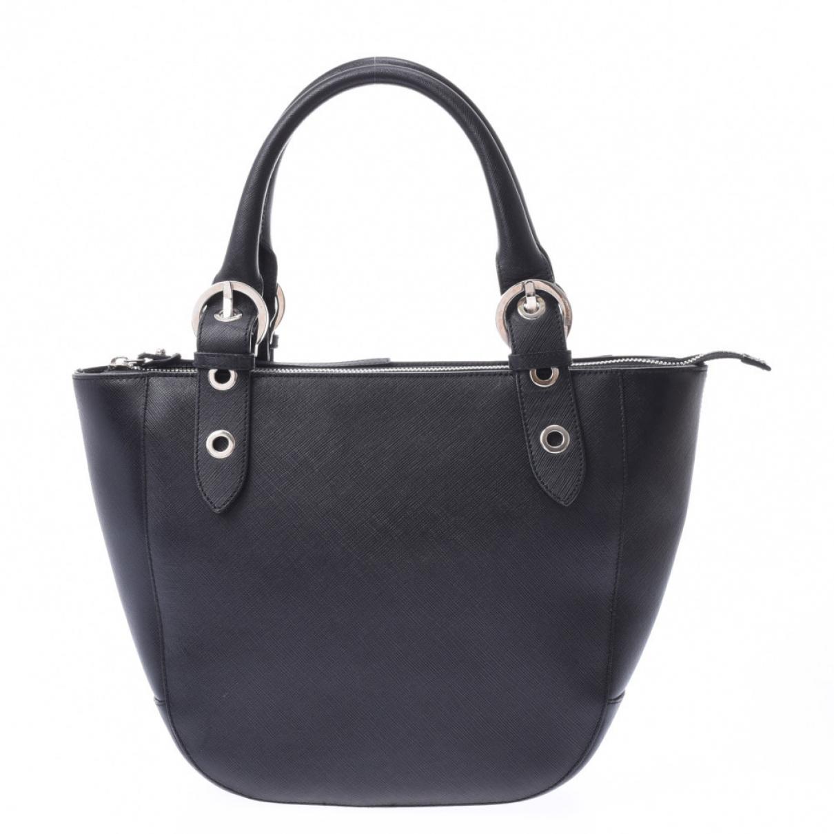 Salvatore Ferragamo \N Black Cloth handbag for Women \N