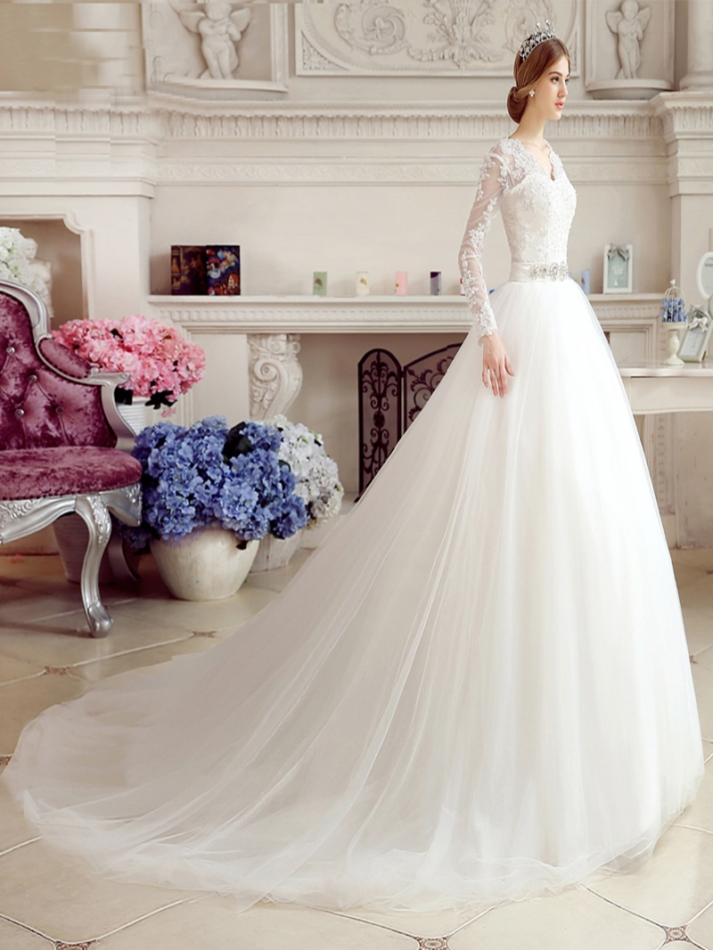 Ericdress V-Neck Appliques Wedding Dress With Long Sleeves