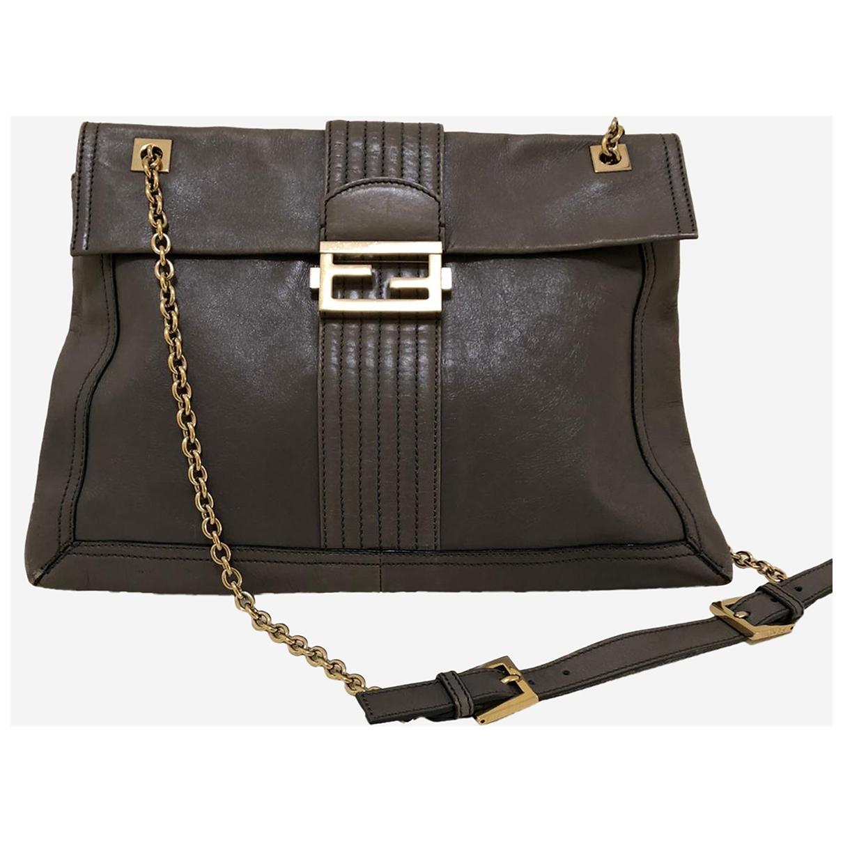 Fendi \N Handtasche in  Grau Leder