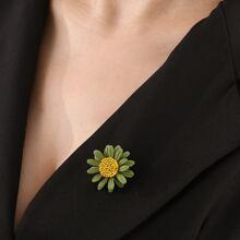 Flower Design Brooch
