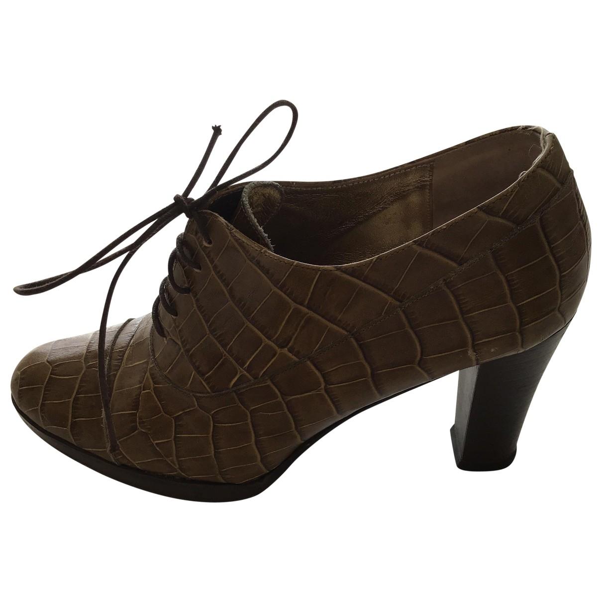 Elegance Paris \N Khaki Leather Lace ups for Women 37 EU