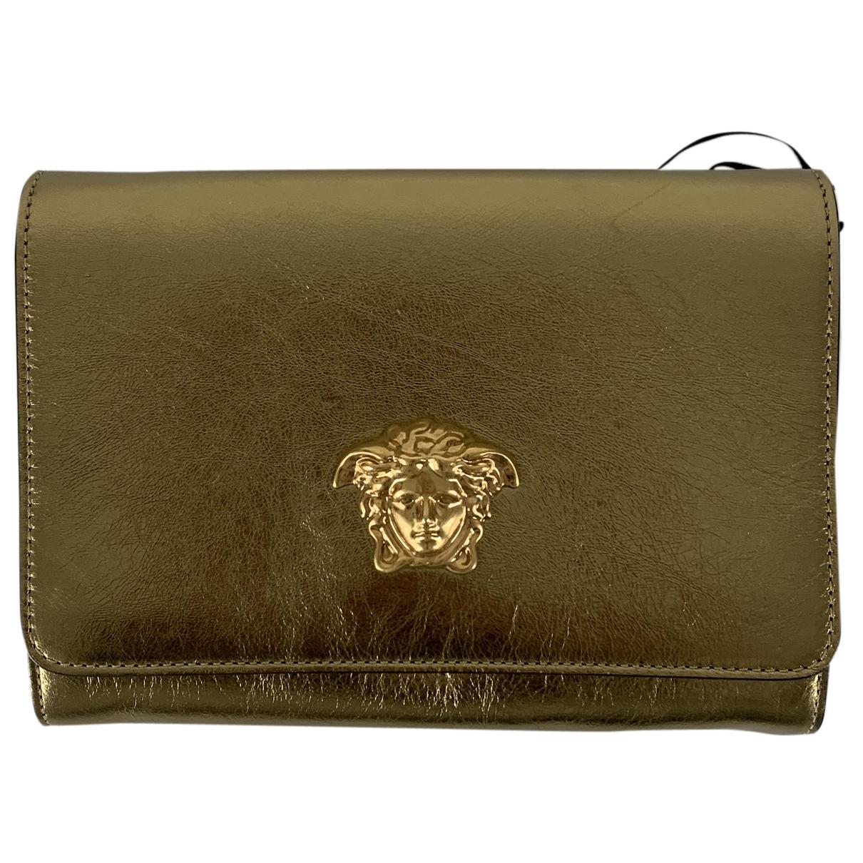 Versace \N Clutch in  Gold Leder