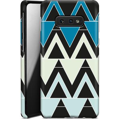 Samsung Galaxy S10e Smartphone Huelle - Blue Triangles von caseable Designs