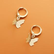 Maedchen Ohrringe mit Schmetterling Dekor