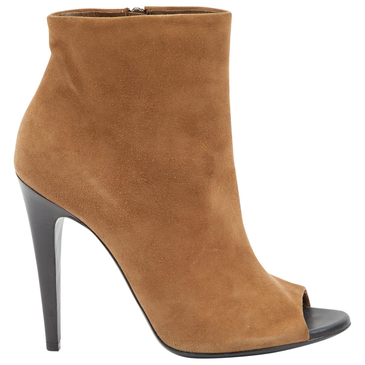 Bottega Veneta \N Camel Suede Heels for Women 38 EU