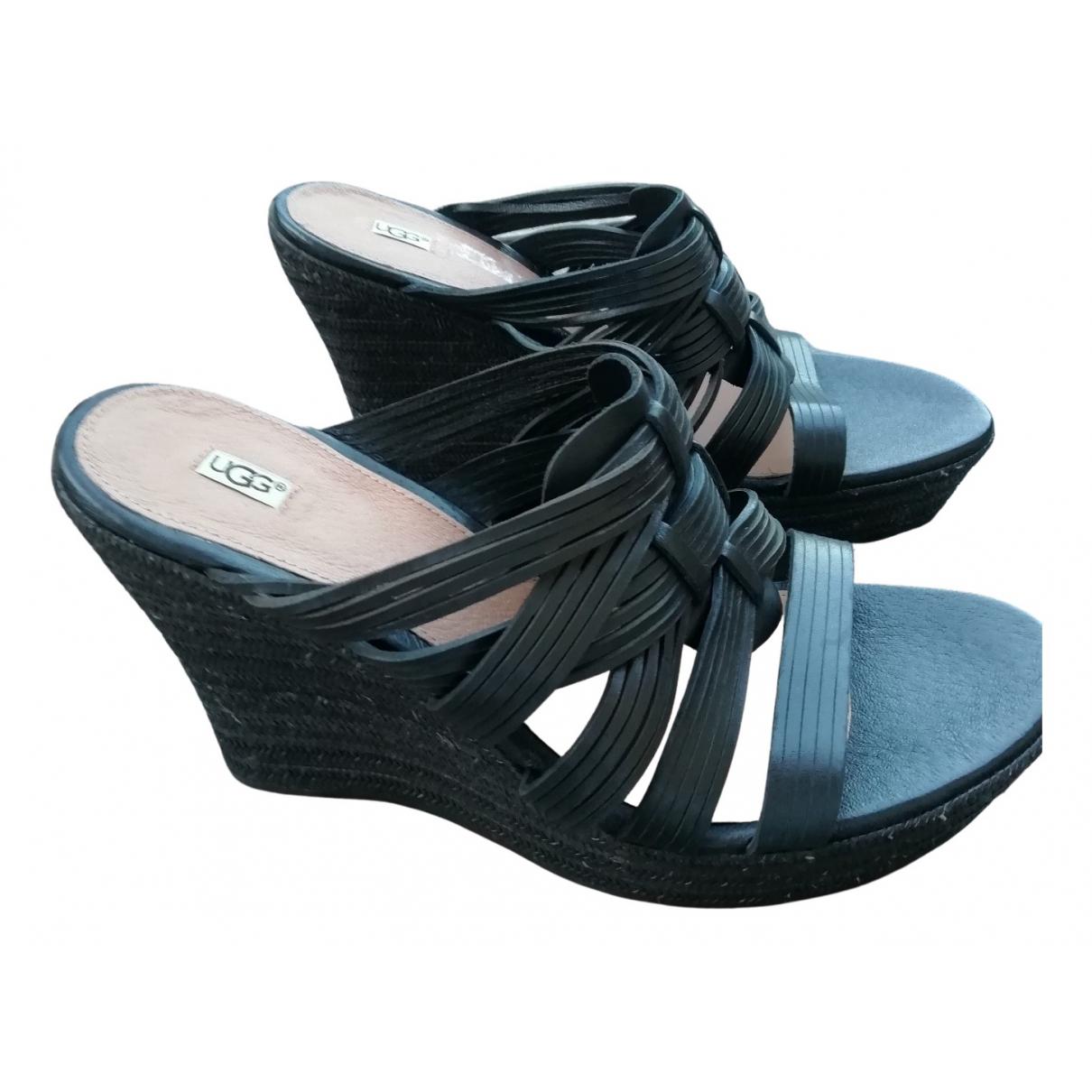 Ugg \N Sandalen in  Schwarz Leder