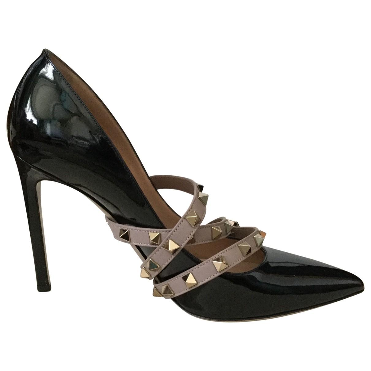 Valentino Garavani - Escarpins Studwrap pour femme en cuir verni - noir