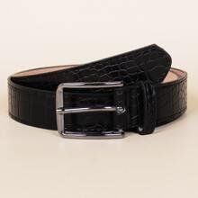 Cinturon con hebilla con patron de cocodrilo