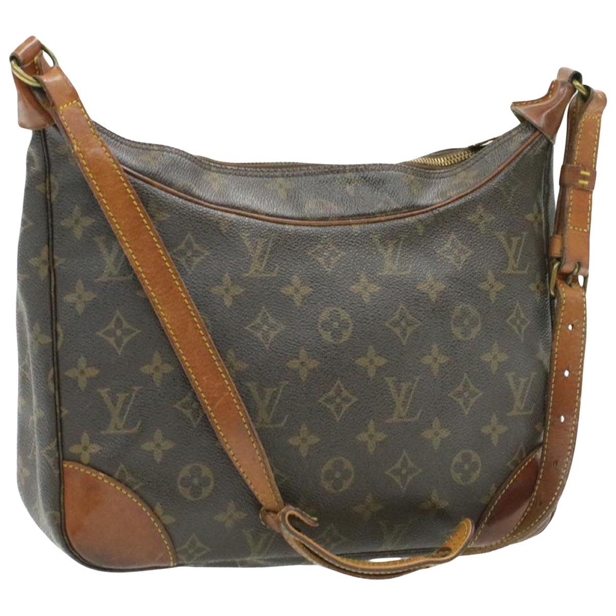 Louis Vuitton Boulogne Brown Cloth handbag for Women \N