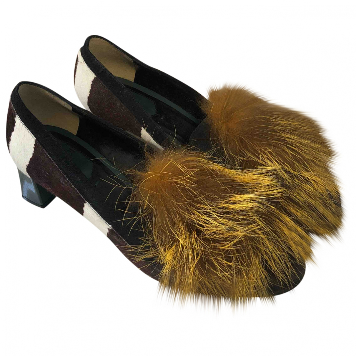 Fendi \N Yellow Leather Heels for Women 37 EU