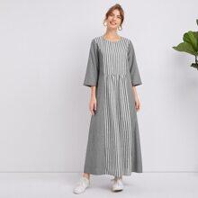 Kleid mit Streifen Einsatz