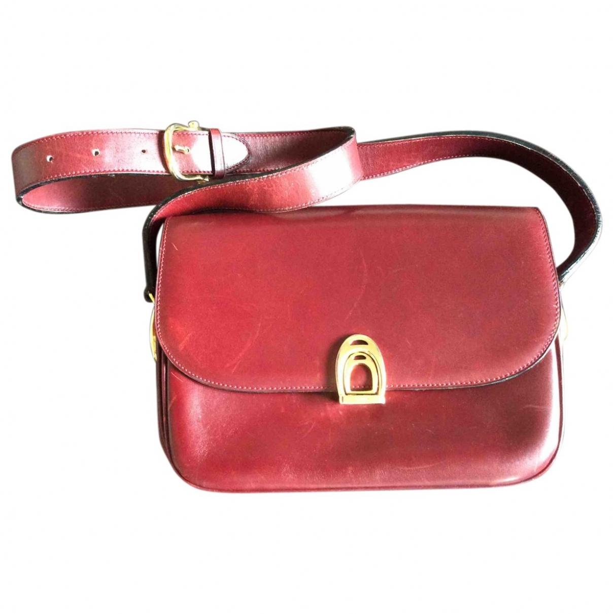 Celine \N Burgundy Leather handbag for Women \N