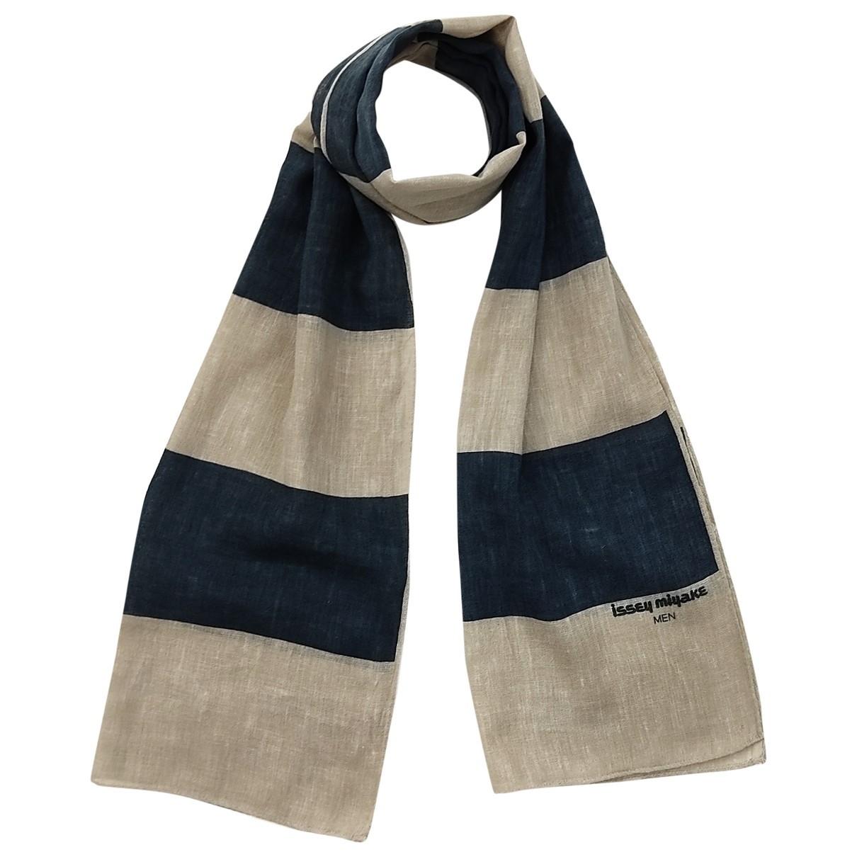 Issey Miyake \N scarf for Women \N