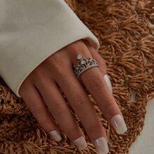 Ring mit Krone Design