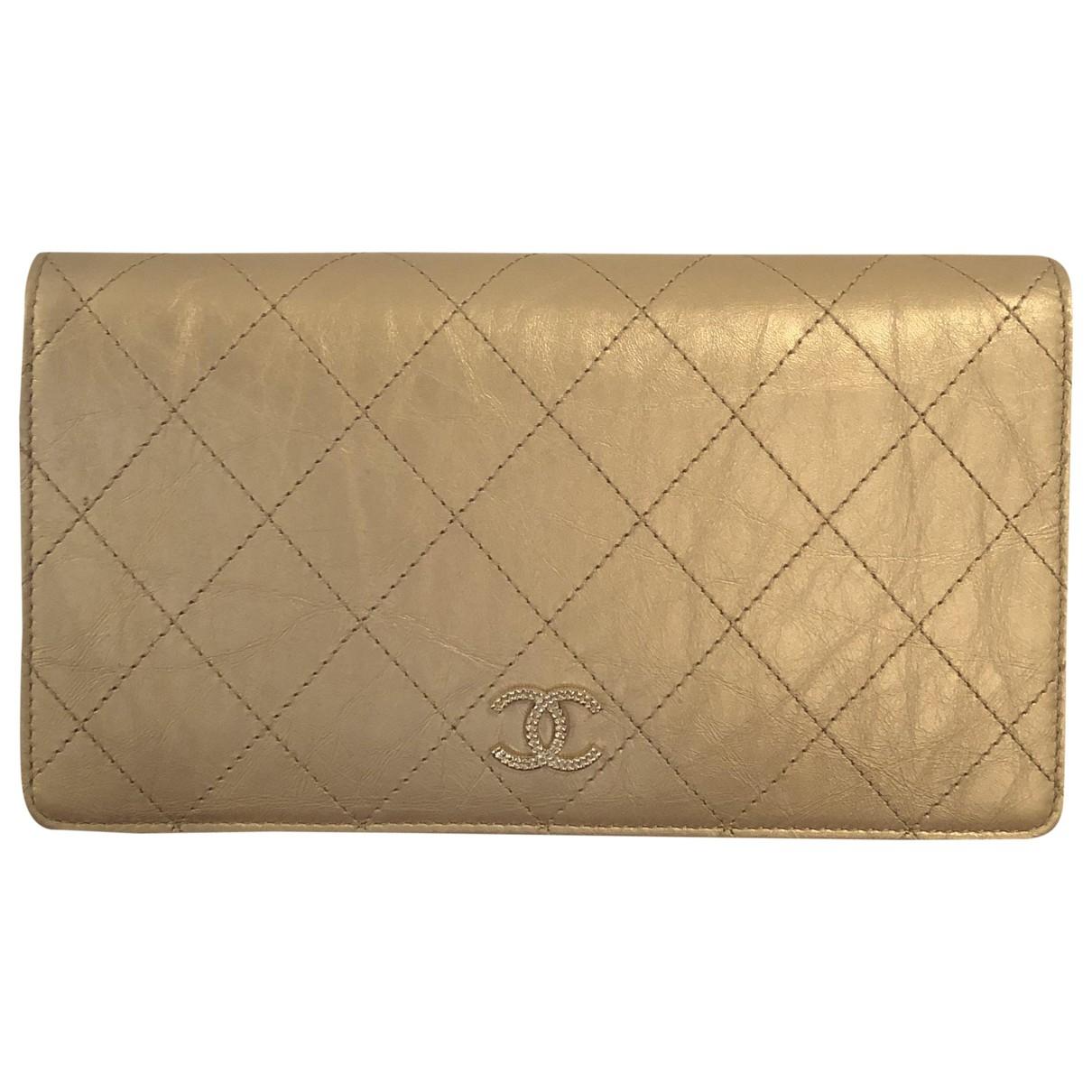 Chanel \N Portemonnaie in  Gold Leder