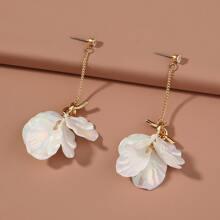 Petal & Rhinestone Decor Drop Earrings