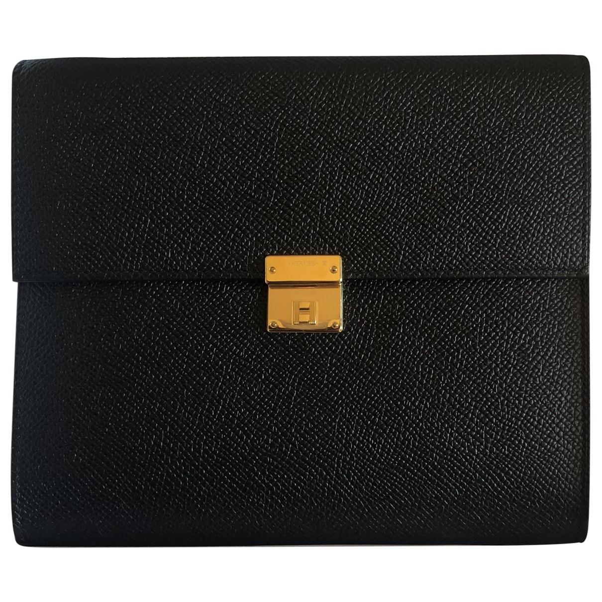 Hermès Clic 16 Black Leather handbag for Women \N
