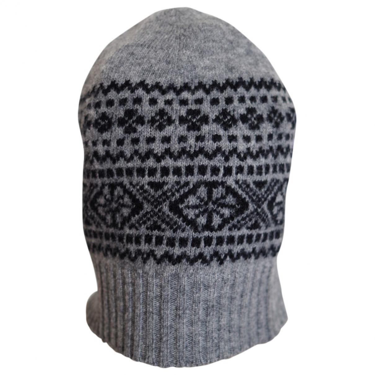 Burberry \N Hut, Muetzen in  Grau Wolle
