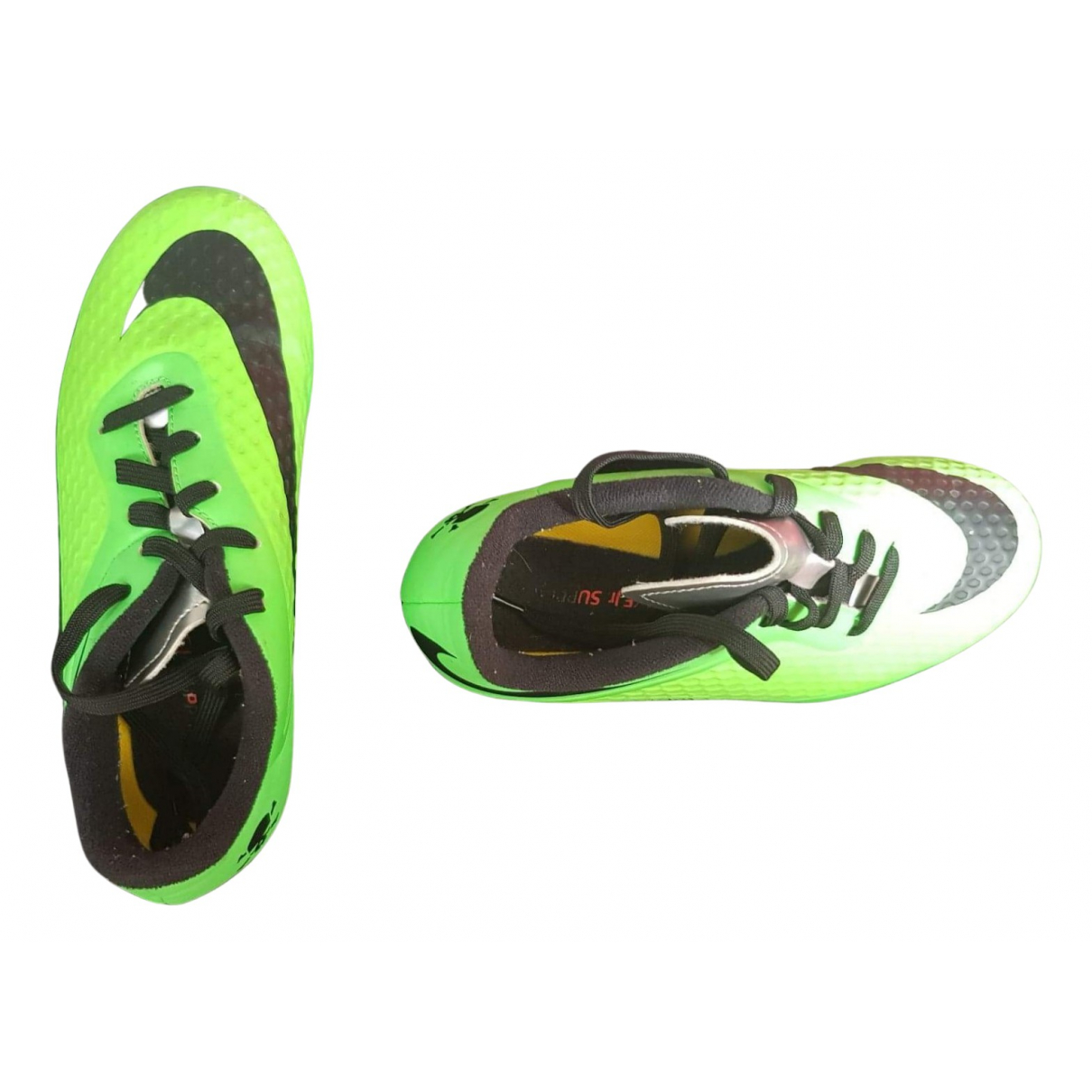 Nike N Green Trainers for Kids 31 FR