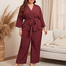 Conjunto de pijama tunica con cinturon de cuello con solapa con pantalones