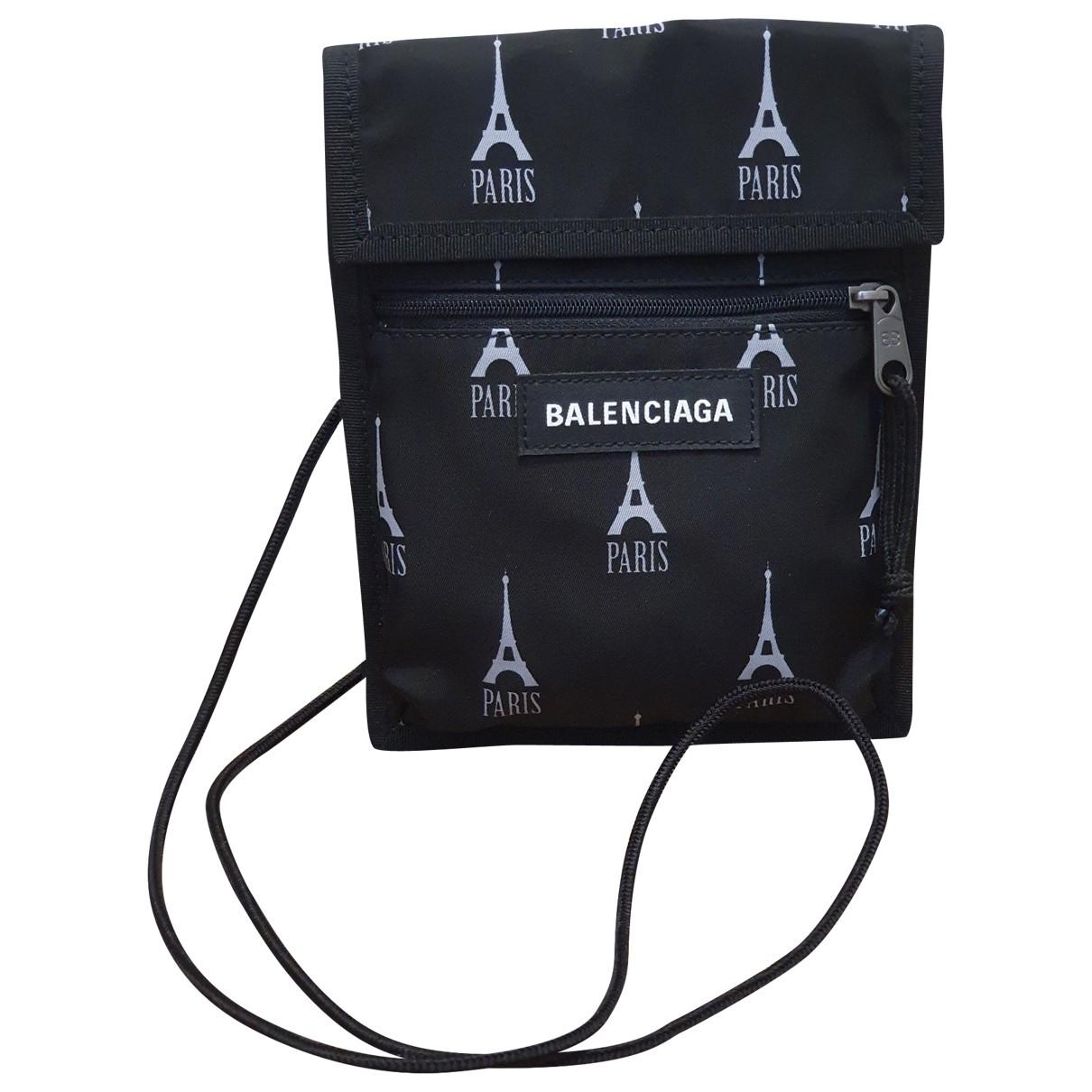 Balenciaga \N Taschen in  Schwarz Leinen